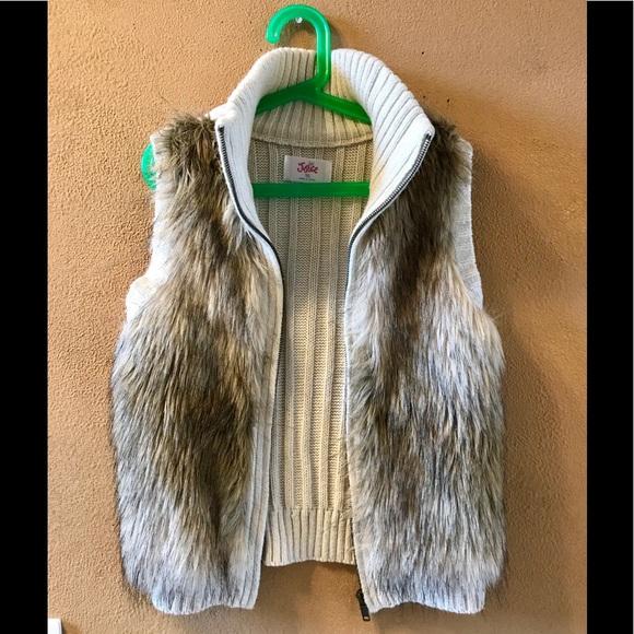 Justice Faux Fur Black Child/'s Vest Sizes 6//7 and 8//10